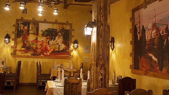 Ресторан Бакинский дворик. Москва просп. Академика Сахарова, 10а